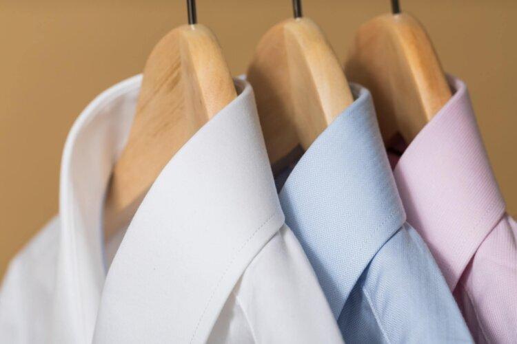 フォトウェディングのワイシャツ 襟の形・色・柄・ブランド・袖口から選ぶ1