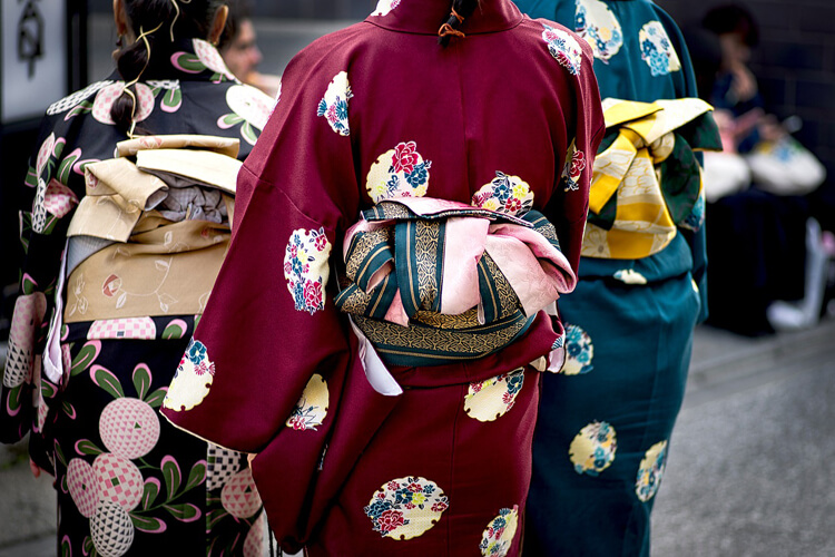 七五三写真のママの髪飾りを着物・ワンピース・スーツ衣装別に紹介5