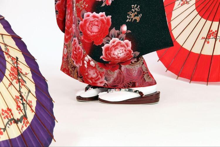 【成人式写真の服装事情を解説!男女別に衣装種類や家族の服装も紹介3