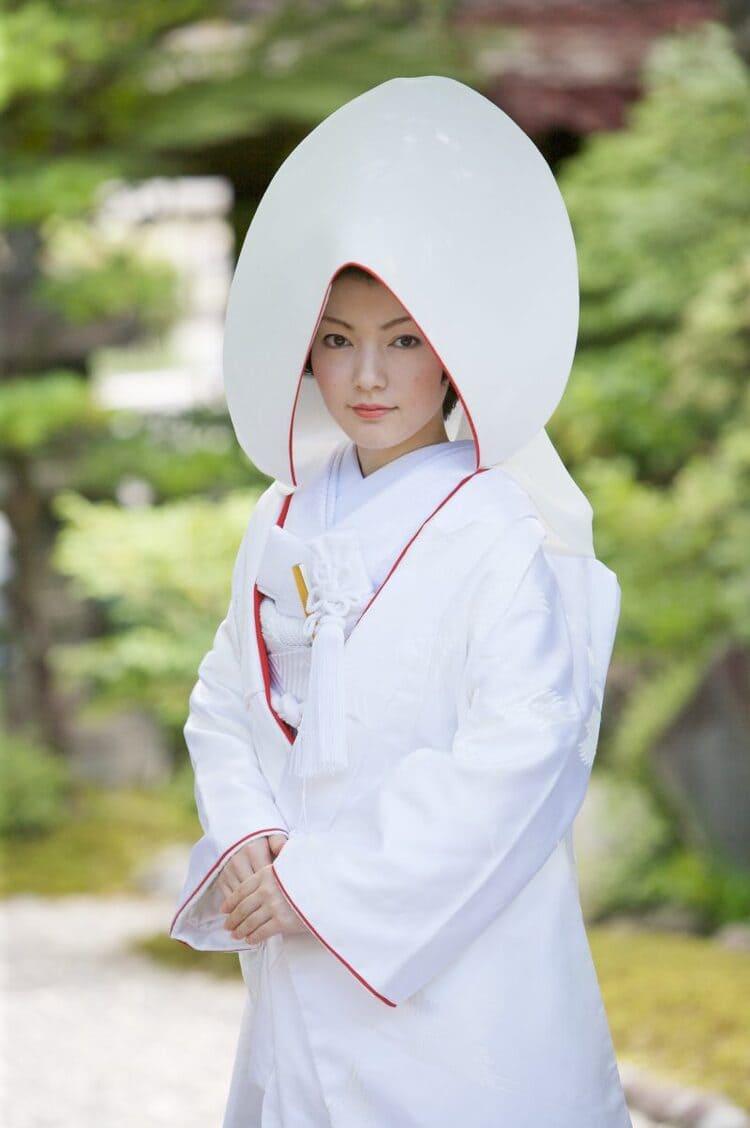 和装×花嫁のフォトウェディングの髪飾りは?白無垢・色打掛に人気の髪飾りを紹介9