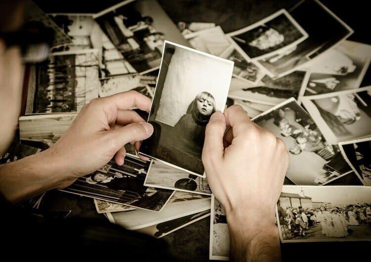 【総集編】遺影写真の撮り方選び方解説集!相場や適した服装まで8