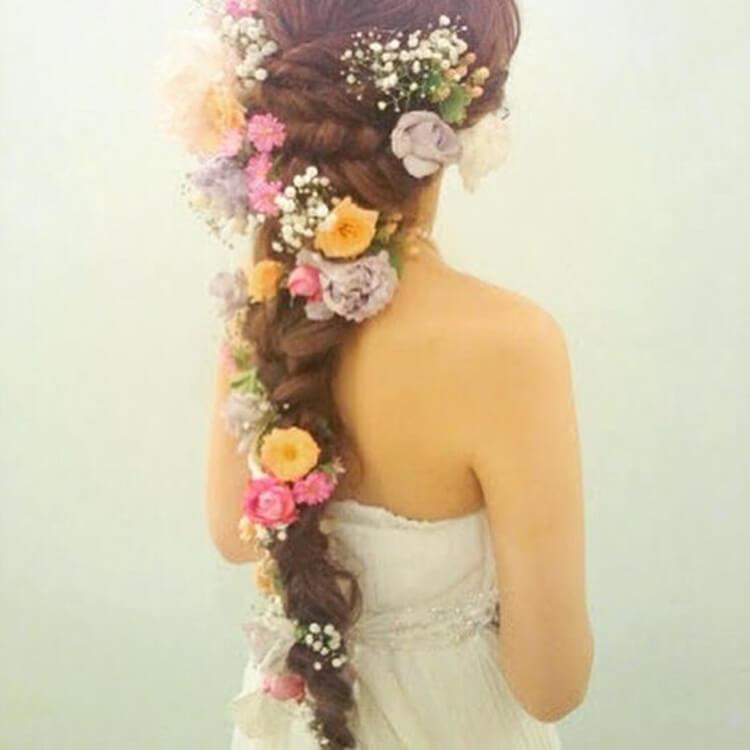 フォトウェディングで花嫁に人気のダウンスタイル集&ヘアアクセサリー4