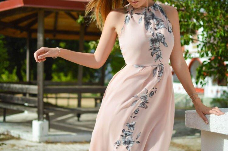 卒業写真は何を着る?適した服装を袴・スーツ・ドレス別に徹底紹介!13