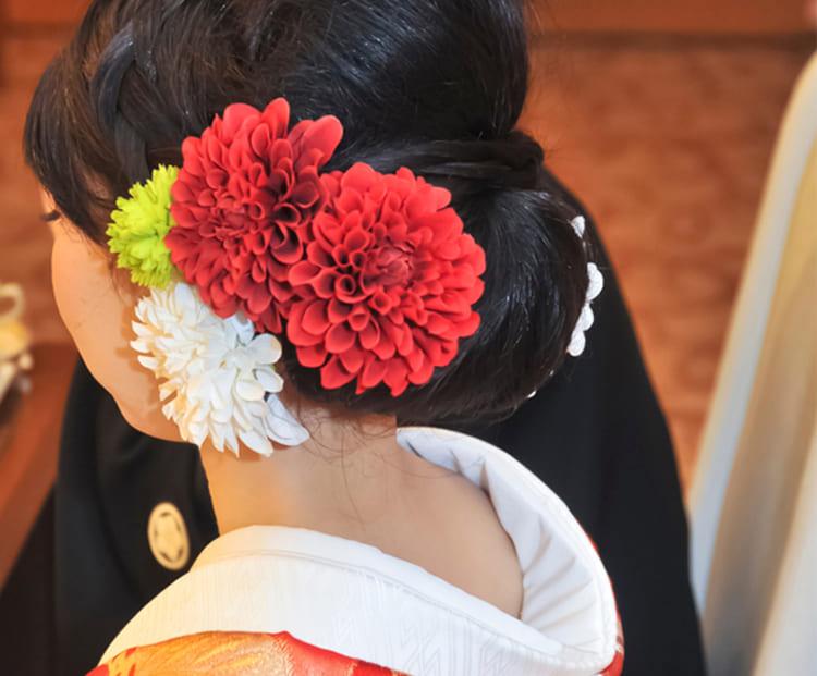 和装×花嫁のフォトウェディングの髪飾りは?白無垢・色打掛に人気の髪飾りを紹介13