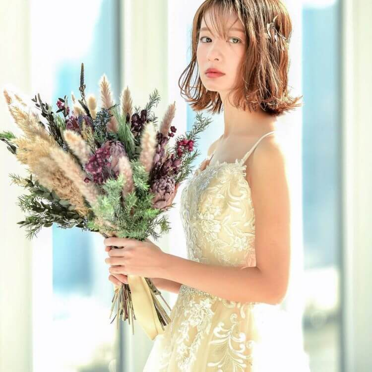 フォトウェディングで花嫁に人気のダウンスタイル集&ヘアアクセサリー7