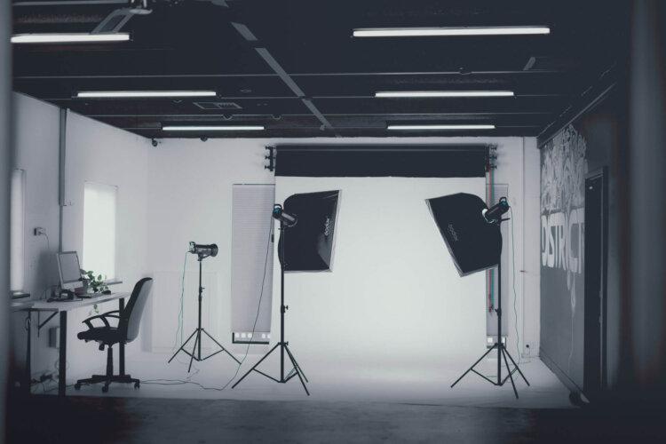 遺影を撮る・選ぶ際の注意点を解説!ルールに則った遺影撮影や選び方を2