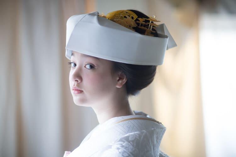 和装×花嫁のフォトウェディングの髪飾りは?白無垢・色打掛に人気の髪飾りを紹介8
