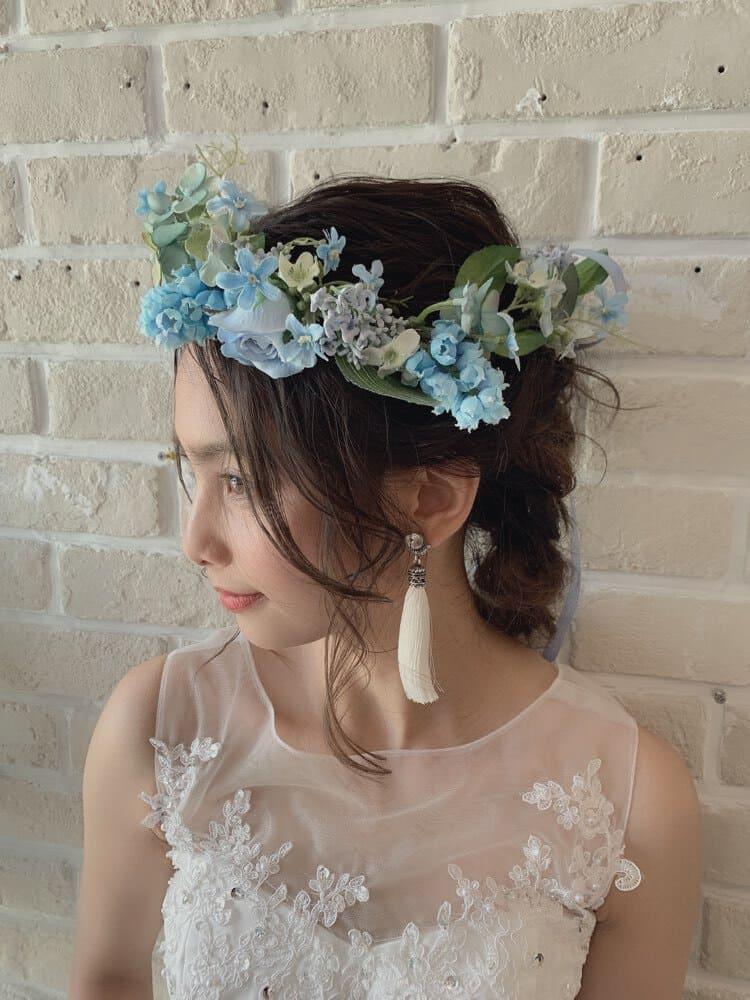 """フォトウェディングは""""花冠""""が人気!花の種類・花言葉・色・髪型を紹介9"""