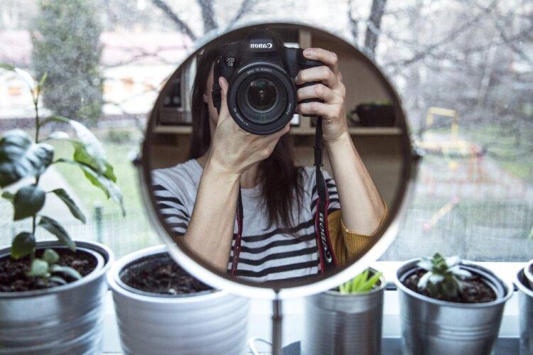 女子の卒業写真の撮り方を徹底解説!袴やポーズや適切時期を紹介27