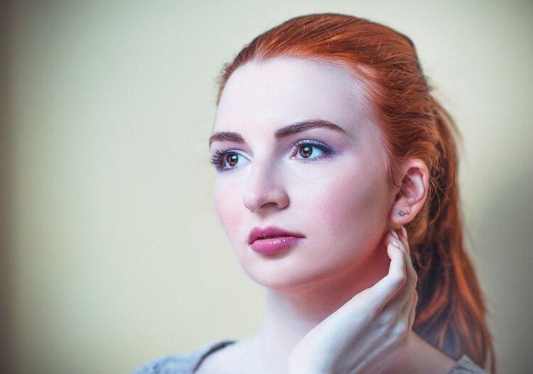 前髪アップ×振袖で成人式写真を華やかに!自分でできるセット方法を丁寧に解説6