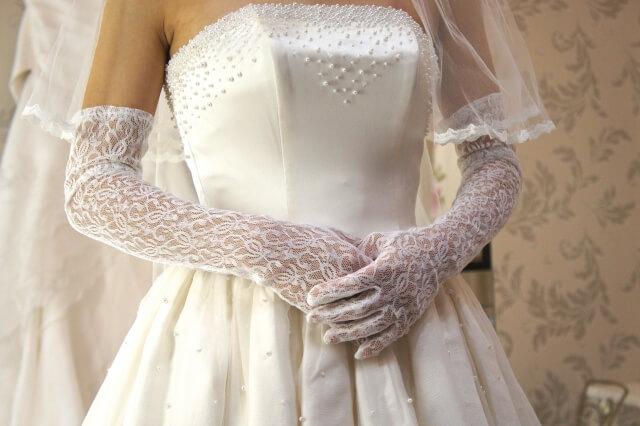 フォトウェディングの衣装をレンタルするメリット&レンタル先の選び方ポイント4