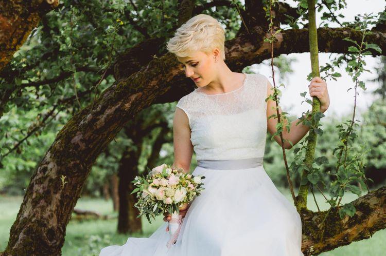 ショートの花嫁の髪型は?フォトウェディングで人気の髪型まとめ1
