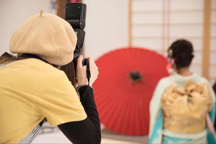 【成人式写真の服装事情を解説!男女別に衣装種類や家族の服装も紹介14