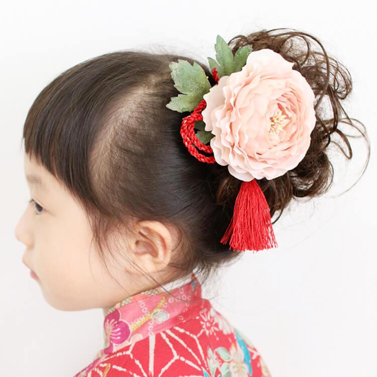 ミディアムヘアの七五三写真の髪型をご紹介!お家で簡単セット方法も伝授7