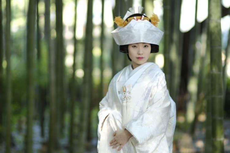 和装×花嫁のフォトウェディングの髪飾りは?白無垢・色打掛に人気の髪飾りを紹介7