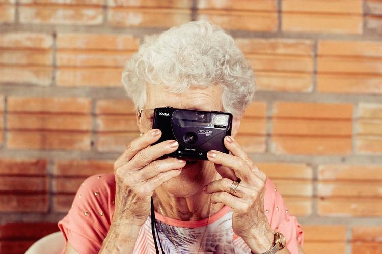【総集編】遺影写真の撮り方選び方解説集!相場や適した服装まで2