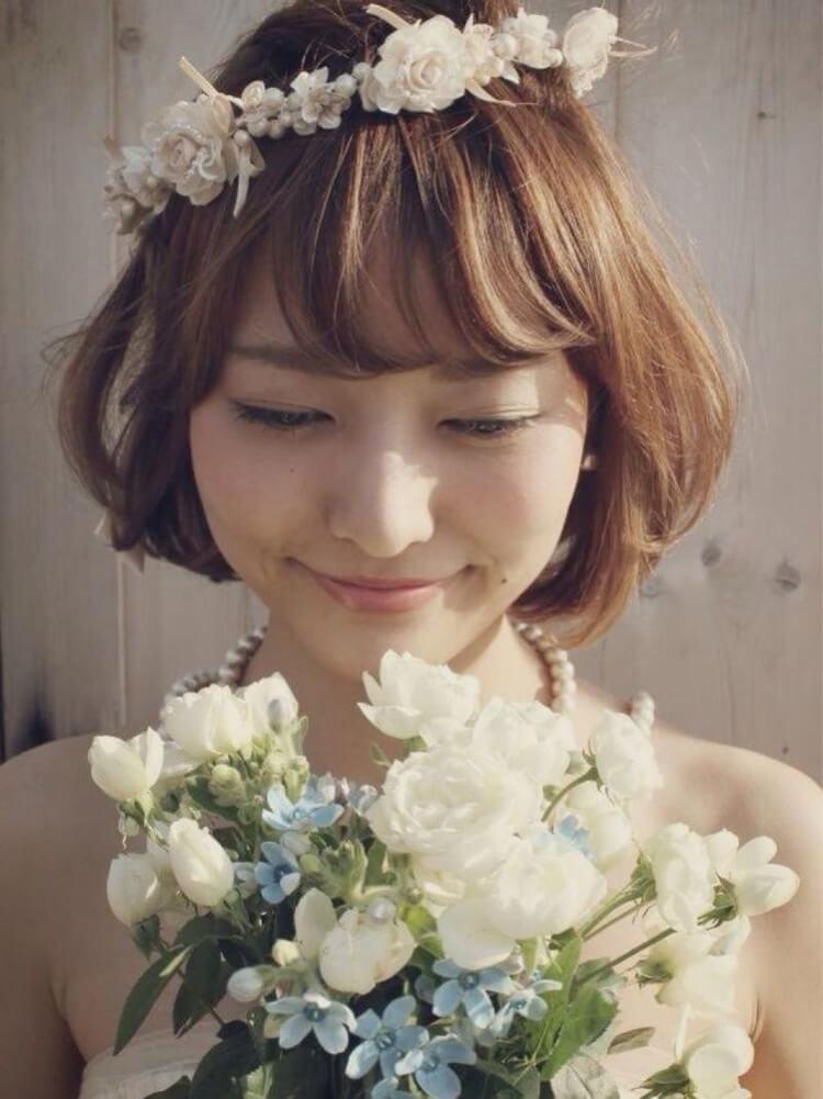 フォトウェディングで花嫁に人気のダウンスタイル集&ヘアアクセサリー6