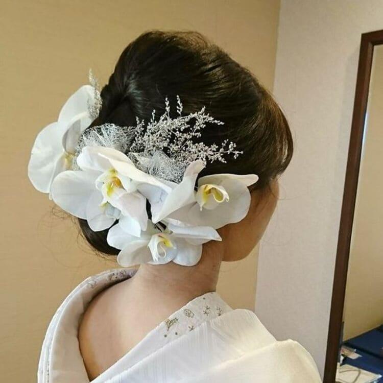和装×花嫁のフォトウェディングの髪飾りは?白無垢・色打掛に人気の髪飾りを紹介3