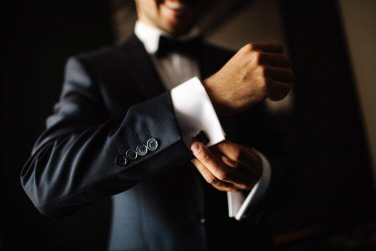 男性の就活写真はスーツスタイル一択!選び方や撮影時の注意点は?3