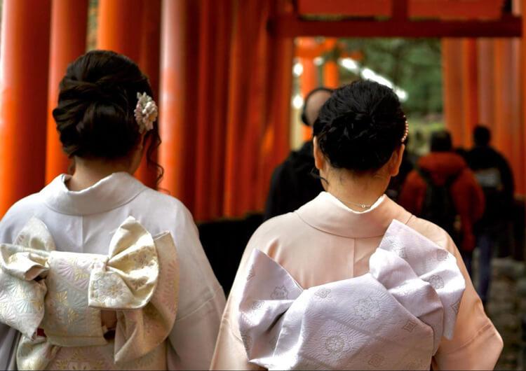 七五三写真のママの髪飾りを着物・ワンピース・スーツ衣装別に紹介2
