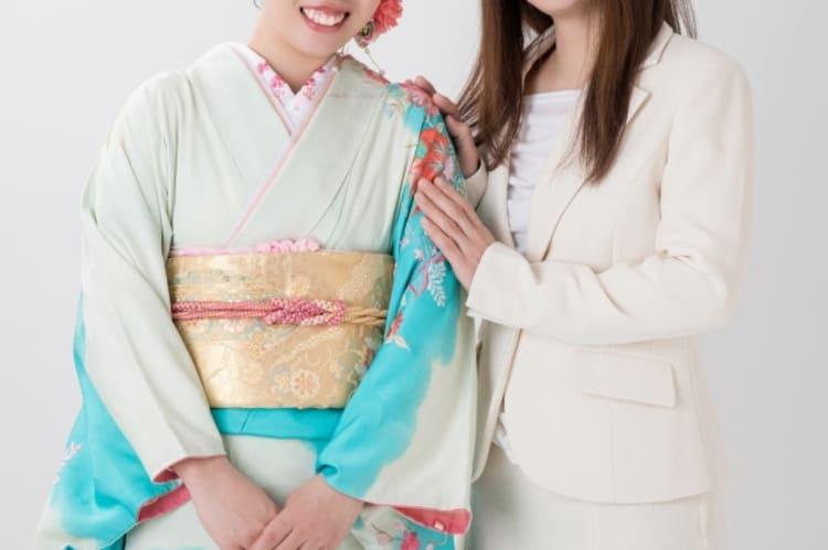 【成人式写真の服装事情を解説!男女別に衣装種類や家族の服装も紹介12