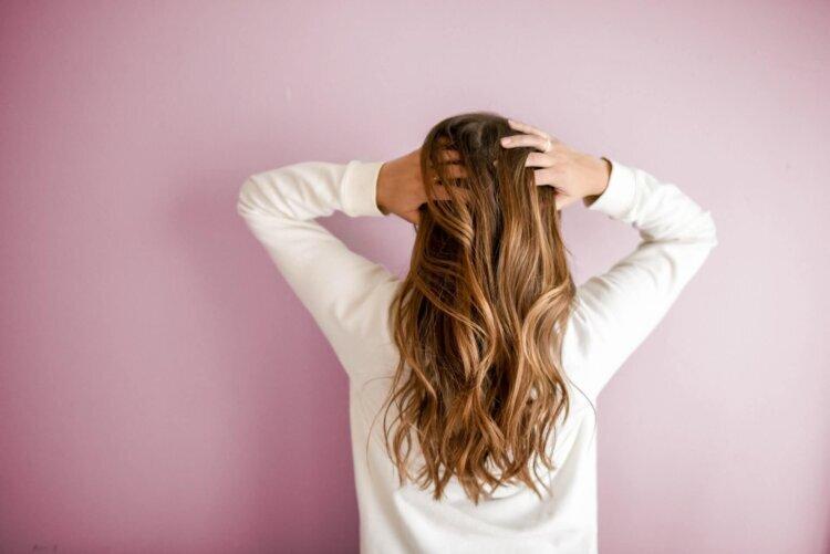 """成人式写真でショートはだめ?振袖×ショートの髪飾りと簡単アレンジを紹介_4"""" width="""