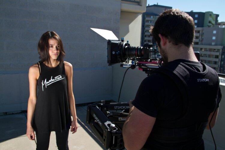 売れる宣材写真に適した服装を男女・職種別にスタイリストが紹介