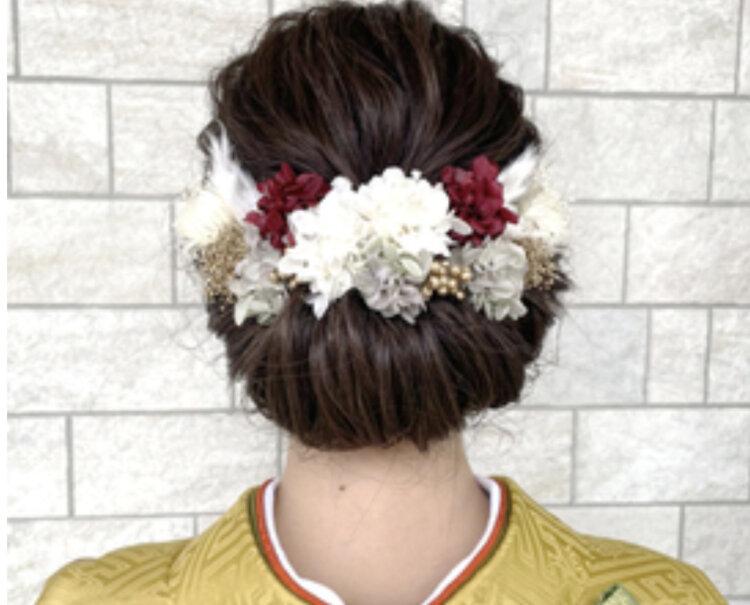 振袖の成人式写真ならアップ!髪型カタログとアップでも小顔に見せるコツを紹介8