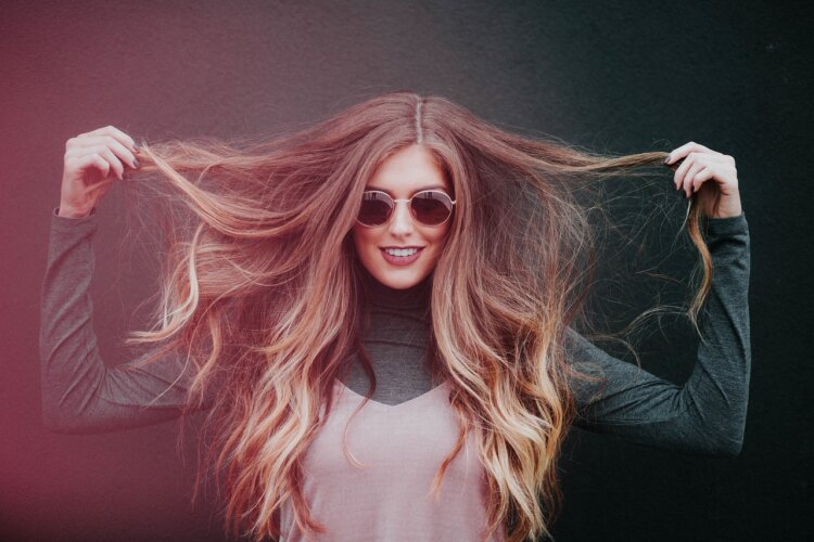 振袖の成人式写真ならアップ!髪型カタログとアップでも小顔に見せるコツを紹介4